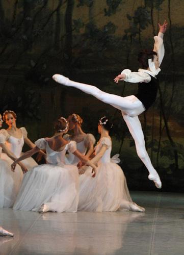 balletdepermlk3.jpg